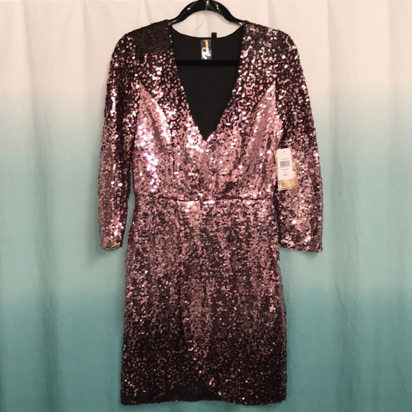 6397845ee0e ✨NWT✨Trixxi-size M(size 4-6)rose gold sequin dress